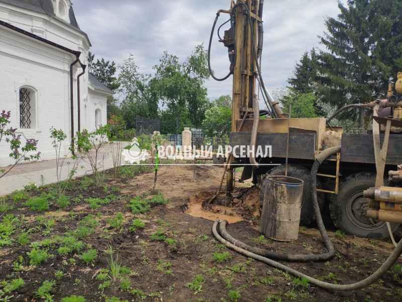 Фото бурения скважины на воду в Дмитровском районе, деревня морозки